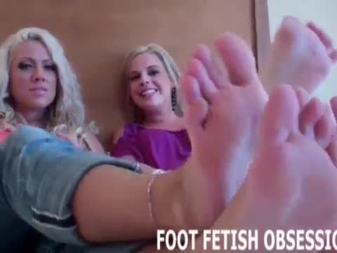 Blow a hot load all over my tiny little feet